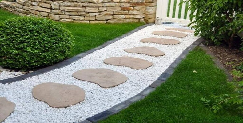 10 Inexpensive Landscaping Ideas For Your Yard